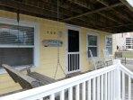 Deck,Porch,Railing,Building,Screen
