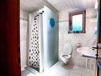 Bathroom, groundfloor
