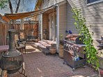 This property has 2 side patios, perfect for afternoon barbecues!