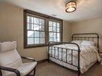 Lake House 2nd Bedroom