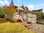4 Bedroom Modern Farmhouse Located on Kenmore/Bothell Border