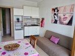 soggiorno/cucina con balcone