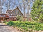 The ultimate Pennsylvania getaway awaits you at this rustic 4-bedroom, 2-bathroom Pocono Lake vacation rental house...