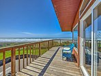 Enjoy breataking views from this oceanfront vacation rental home.