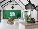 large open living space of 100 sqm