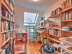 Climb to the loft's living room and library to read some chapters of a new book during your quiet downtime.