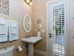 Guest En Suite Bath