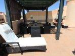 Terraza con piscina privada