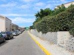 Apartment street : straight ahead to the beach!