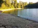 Conservation area with swimming withn 25 min walk.