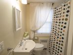Main floor Bathroom #1 with Tub/Shower - 61 Kelley Road West Harwich Cape Cod New England Vacation Rentals