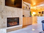 Electric fireplace with 5 flame settings.