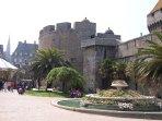 Château Intra-Muros de Saint-Malo, à 30 minutes de la maison