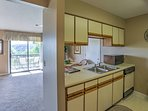 Try out new recipes in this fully equipped kitchen!
