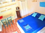 ROOM LEMONS 1 double bedroom +  1 bedroom with double bed and a french bed