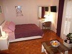 Purple (2+1): bedroom