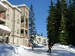 The Newest building in Creekside is the perfect place for you!