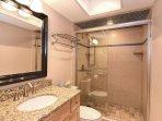 Duneridge 2306 Bath 2