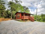 This Sevierville cabin is ideally situated close to all of the area's legendary attractions.
