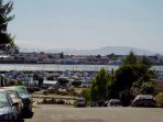 Boutique Bungalow by Waterfront, Walk to SF Ferry, Winetrain & Restaurants