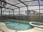 La casa comprende un lanai privato con piscina e spa, che può essere riscaldato per un costo aggiuntivo.
