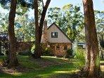 Gumnut Cottage - Bushland Setting