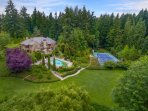 Private studio on the most beautiful 3 acres in Bellevue with a pool, spa, tennis court, and gardens