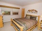 2nd-guest-bedroom.jpg