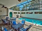 Villa Marseille - Screened-In Private Pool and Patio