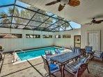 Villa Marseille - Private Pool and Patio Area