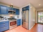 New gas range, coffee maker, electric kettle and refrigerator with filtered water and ice maker