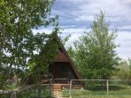 Cedar A frame Cabin with hot tub and fully fenced yard.  Dog run and dog house included!