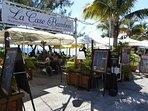 Une grande offre en restauration et bars en bord de plage