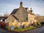 The Bakers Arms, the well regarded village pub!