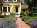1-2 Sunny Bedrooms private bath in Historic Concord Center
