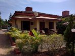 Detached 2 Bedroom 2 Bathroom Poolside Beach Bungalow with private Patio