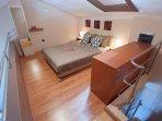 A2(2+3): bedroom