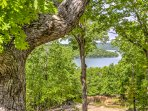 Book this gorgeous cabin for the ultimate Arkansas getaway!
