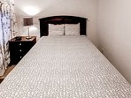 This cabin offers 2 queen beds, great for friends or couples.