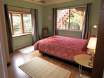 'Sage Room' - Queen bed, Main level (no stairs), garden View.