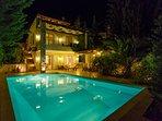 Villa 2 - Night view