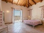 Villa 2 - Master bedroom