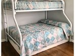 Bunk Bedroom Sleeps 5 - 1 Pyramid and 1 Single Bunk