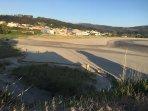 Puerto de Espasante y la playa de La Concha.
