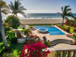 Beachfront, infinity pool