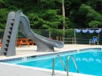 3 pools, tennis score, volleyball beach, baseball field 7 minutes walk from home