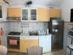 H(6+1): kitchen
