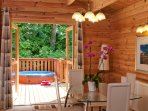 2 Bedroom Bedroom Lodge with Hot Tub- 1209