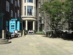 Peaceful and hidden Ching Court in centre of bustling Covent Garden