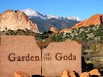 The majestic Garden of the Gods is 5 minutes from the Hawk House